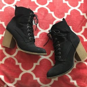 Just Fab Black Lace Up Booties!